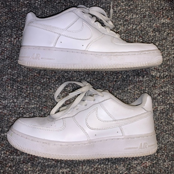 Nike Shoes   Nike Air Force Youth Size